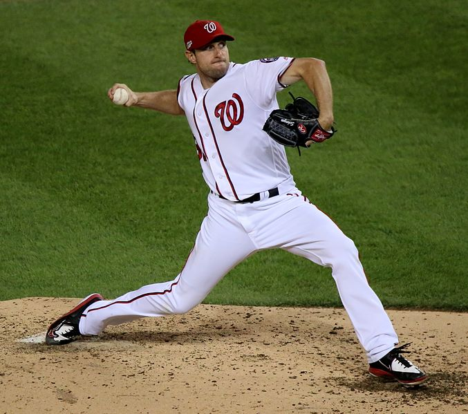 2016-10-13_Max_Scherzer_pitch_NLDS_Game_5_for_the_Nationals_05_(cropped)