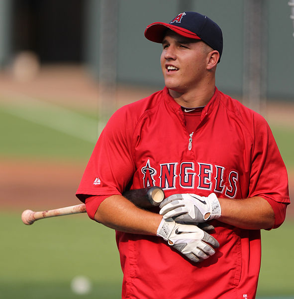 591px-Mike_Trout_(5968461665)